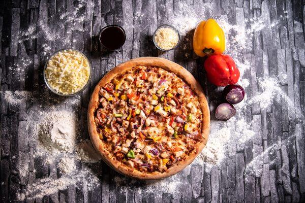Proper Pizza & Pasta Chicken BBQ 01