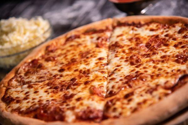 Proper Pizza & Pasta Pepperoni 02