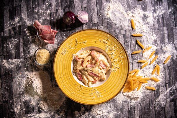 Proper Pizza & Pasta Paste - Penne Amantriciana 01
